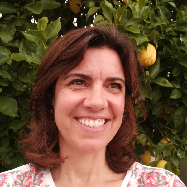 Government Project for the prevention of soil contamination supported by Susana Loureiro, researcher at DBIO / CESAM